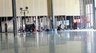 Современные технологии создания полированного бетонного пола для холодильных складских помещений