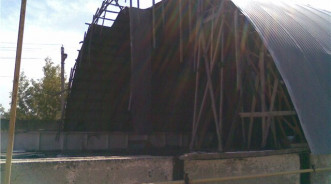 Упал бескаркасный ангар — строить новый или восстанавливать?