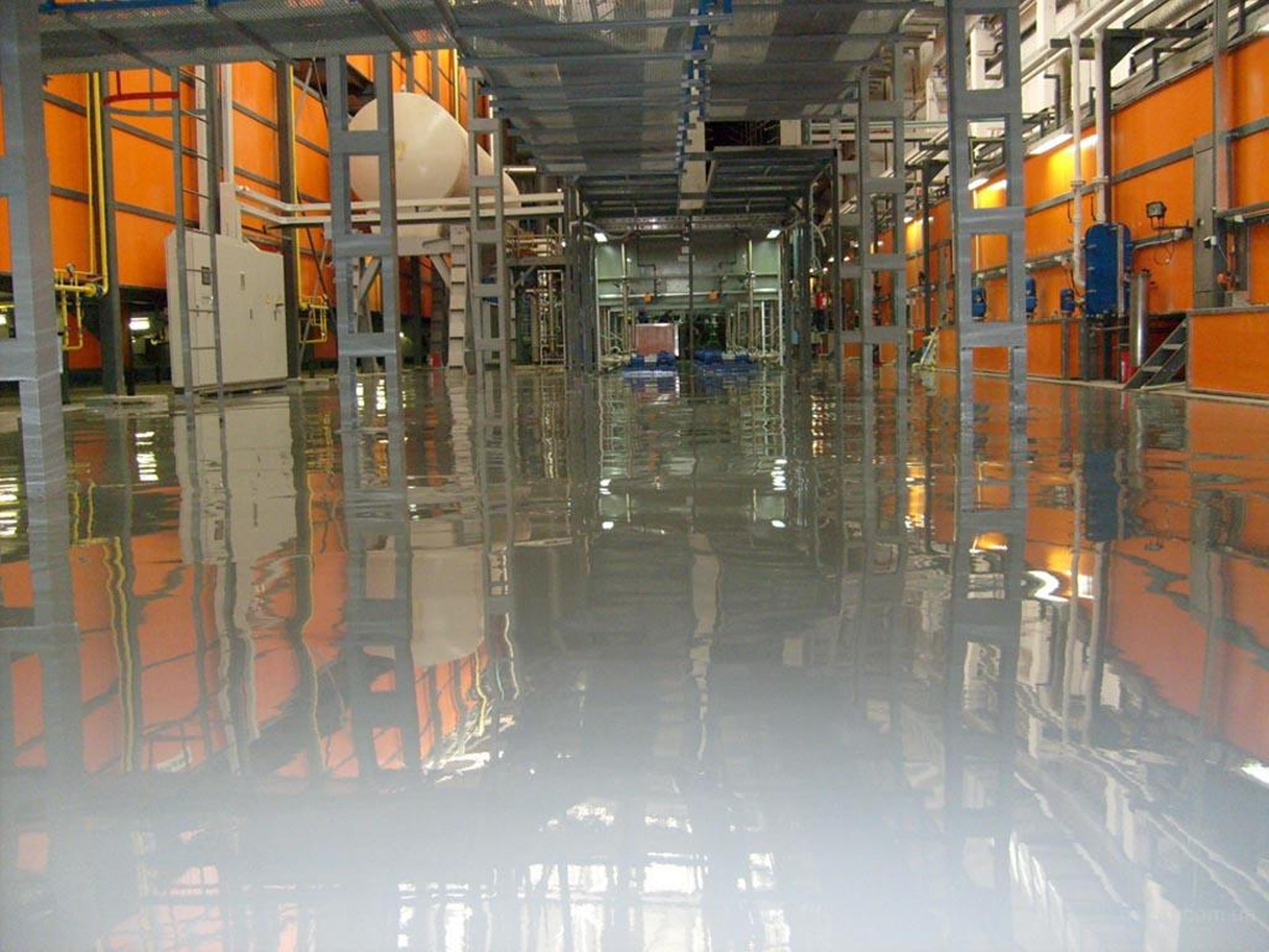 Наливные полы промышленный цех мастика напыляемая водоэмульсионная технониколь №33