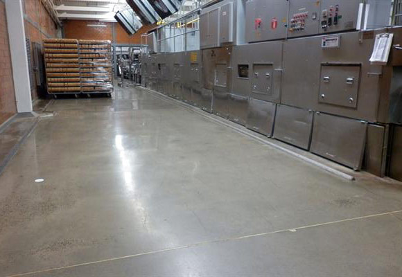 полированный бетонный пол на заводе SJO Bimbo