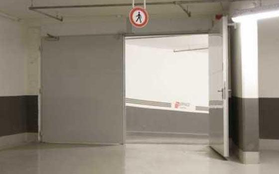 Распашные ворота для промышленных зданий