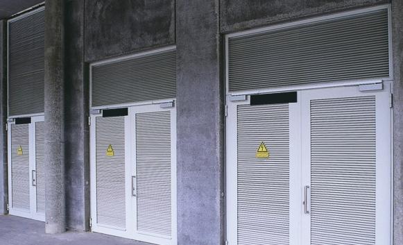 Как выбрать распашные ворота для трансформаторной подстанции?