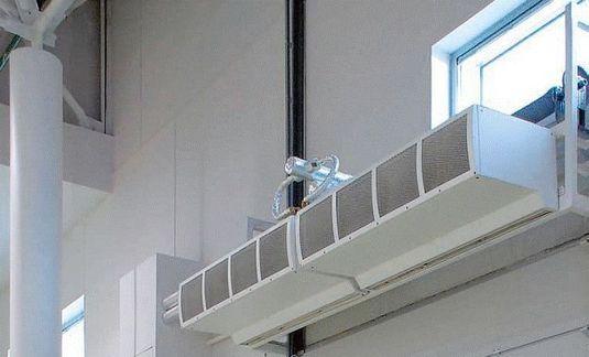 Выбор тепловой завесы с водяным нагревом для склада