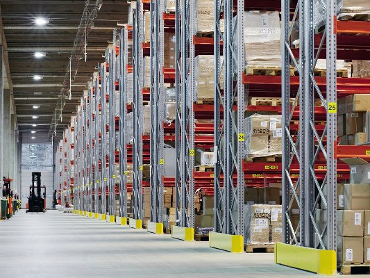Стеллажные конструкции для складских помещений