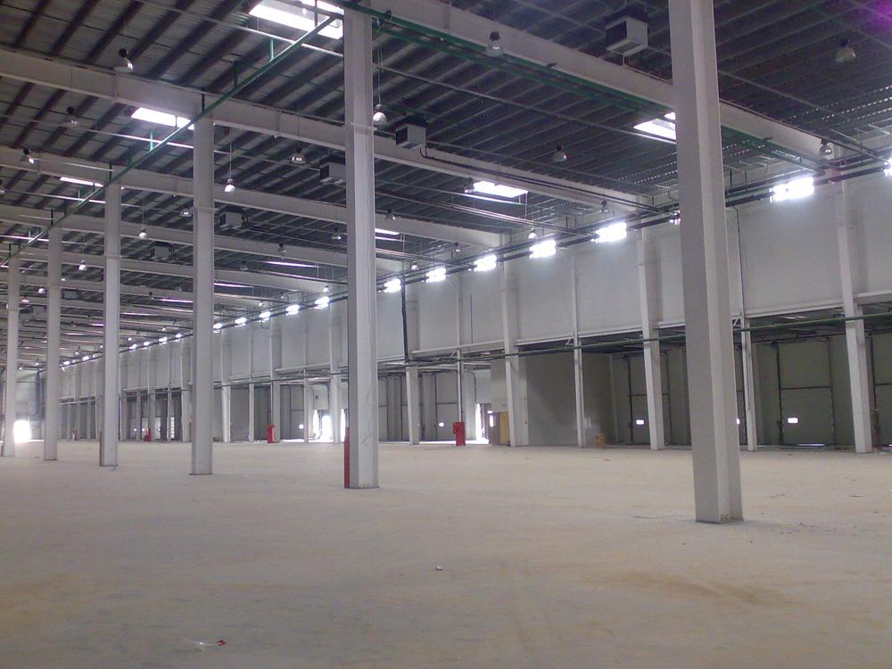 Современные требования к освещению складских и производственных помещений