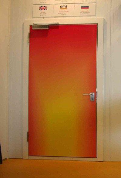 Противопожарные распашные холодильные двери EMC (ЕI 90)