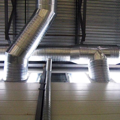 Воздуховоды заходят  в помещения на отметке + 10 м.