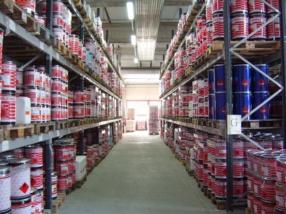 Решение проблемы отопления склада химической продукции площадью 3 500 кв. метров