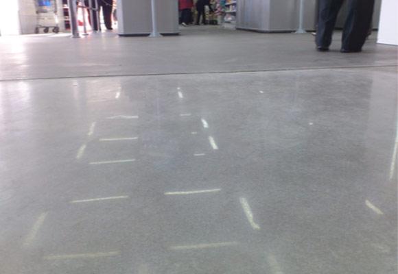 восстановленное топпинговое бетонное покрытие