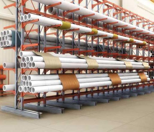 хранение ПВХ и стальных труб на консолях